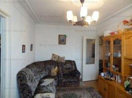 Vanzare apartament 2 camere, zona Malu Rosu
