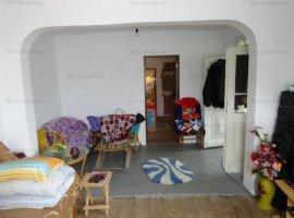 Vanzare casa 3 camere, in Aricestii Rahtivani