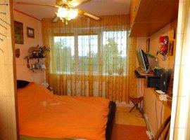 Vanzare apartament 3 camere, zona Sud