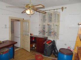 Vanzare casa cu o camera  zona Transilvaniei