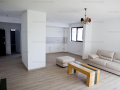 Vanzare- Apartament 2 camere cu terasa - zona Pipera