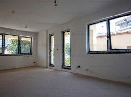Apartament spatios singur pe nivel in zona linistitia!