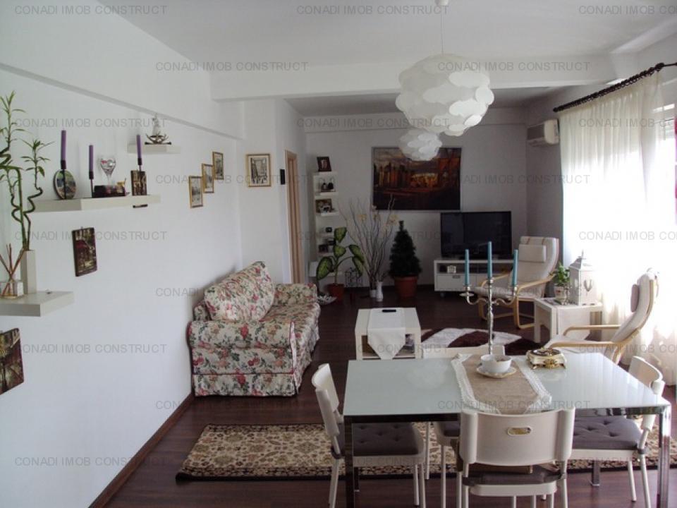 Apartament 3 camere Ultracentral Universitate