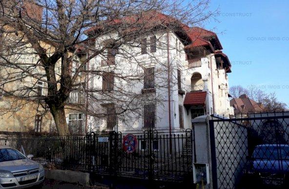 Vila monumentala in zona Calea Calarasilor -Sfantul Stefan