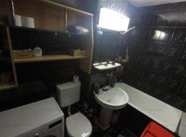 Vand apartament 4 camere Nord