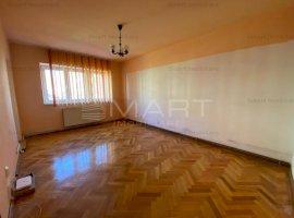 Apartament 3 camere decomandate etaj 1 Ariesului