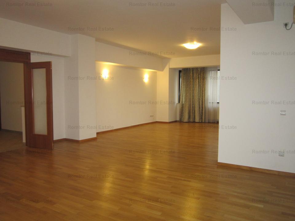 https://www.romtor.ro/ro/inchiriere-apartments-5-camere/bucuresti/apartament-5-camere-zona-arcul-de-triumf_1169
