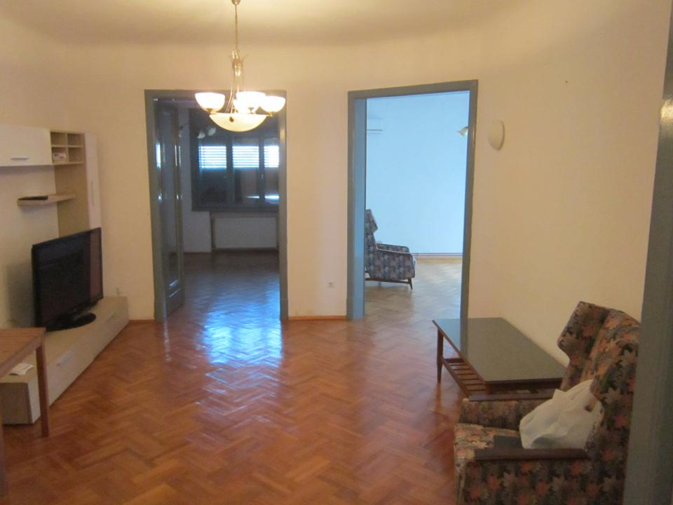 University square - The Dales, the real estate reinforced, furnished, equipped, free