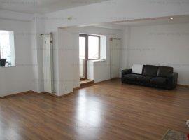 Vanzare apartament 3 camare Decebal