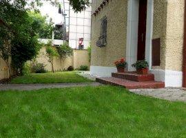 Inchiriere Casa / Vila 5 camere - Primaverii  - Charles de Gaulle