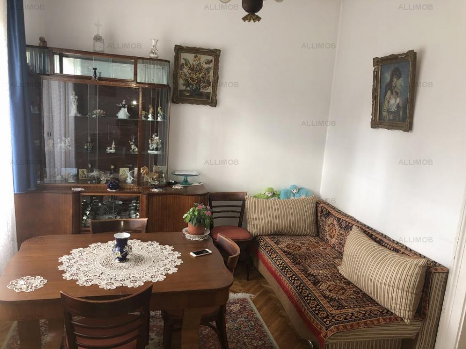 https://allimob.ro/ro/vanzare-houses-villas-2-camere/ploiesti/casa-2-camere-731mp-teren-zero-comision-ploiesti_1216