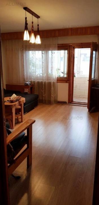 Apartament 3 camere in Ploiesti, zona Marasesti