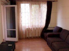 Apartament 3 camere decomandat 1 Decembrie-Trapezului, cu parcare, la 5 min de metrou
