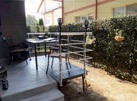 Nou | Apartament de lux 2 camere + Curte 25mp | 250 metri D. Leonida