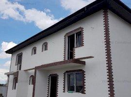 Duplex Bragadiru 3cam 113 mp utili  teren 220 mp 88000 euro{unitatea}