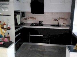 Casa/vila 4 camere in zona Valenii de Munte, mobilata si utilata complet