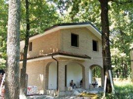 Casa de vis in Padurea Gavana | 1,000 mp Teren | Finisaje Lux