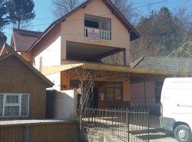 Casă nefinalizată situată în Barnesti, Valcea