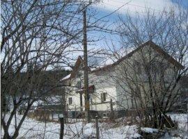 Casa si teren Rasnov, Brasov
