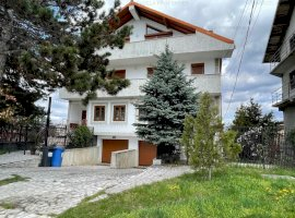 Vila D+P+1E+M - Strada Nicolae Dobrin 49, Pitesti