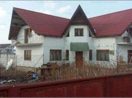Casa S+P+M si teren 900mp, Tarlungeni, Jud. Brasov