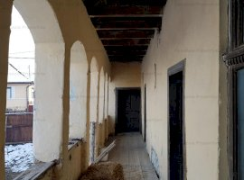 Vanzare casa si teren in satul Oraseni judetul Harghita