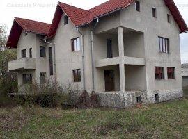 Proprietate imobiliara situata in Com. Razvad, sat Valea Voievozilor, Str. Aleea Manastirii nr. 55