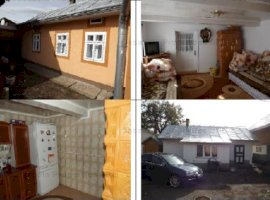 teren s=2600 mp si casa s=178 mp situate in Calafindesti jud Suceava