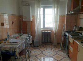 Apartament 4 camere. 92 mp 63.500 Euro