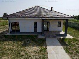 Casa 2021 cu 3 camere Suseni-Arges - zona centrala!