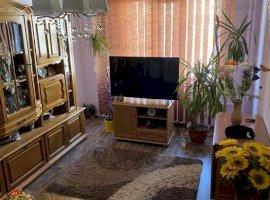Apartament 3 Camere Dristor bloc 1986