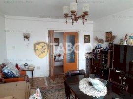 Apartament 3 camere de vanzare zona Unirii in Fagaras