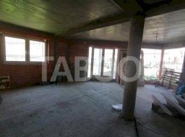 Casa individuala de vanzare cu 4 camere in Sura Mare Sibiu
