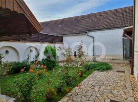 Casa cu 5 camere de vanzare in Sebes zona Centrala