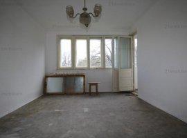 Valea Ialomitei,apartament 2camere 3/10 ,spatios,luminos