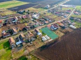 Loc de casă în Sânmartin, județul Arad