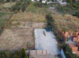 Loc de casă cu utilități în Zădăreni
