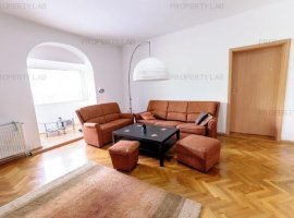 Apartament spațios pe Bulevardul Vasile Milea