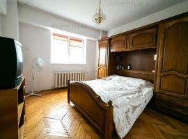 Apartament decomandat in zona Intim