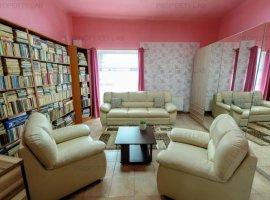Casă centrala cu spatii comerciale in Pecica/Arad