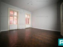 Apartament 3 camere ultracentral cu posibilități comerciale