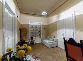 Apartament cu 3 camere, strada Closca