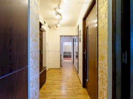 Apartament cu 4 camere etajul 3 Micalaca
