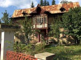 Vanzare  casa  8 camere Dambovita, Varfuri  - 25000 EURO