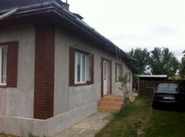 Vanzare  casa  4 camere Suceava, Boroaia  - 50000 EURO