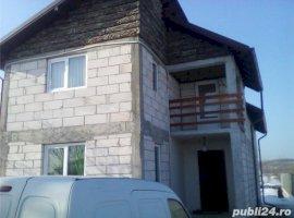 Vanzare  casa  4 camere Dambovita, Dragomiresti  - 70000 EURO