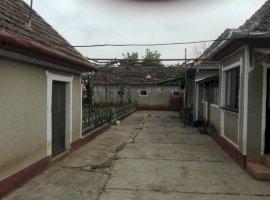 Vanzare  casa Arad, Calugareni  - 50000 EURO