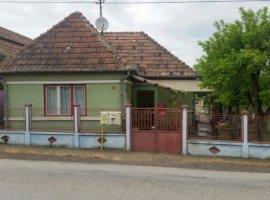 Vanzare  casa  2 camere Mures, Adamus  - 30000 EURO