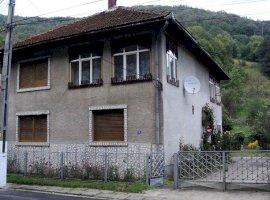 Vanzare  casa  4 camere Timis, Nadrag  - 44999 EURO