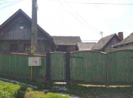 Vanzare  casa  2 camere Mures, Ganesti  - 20000 EURO